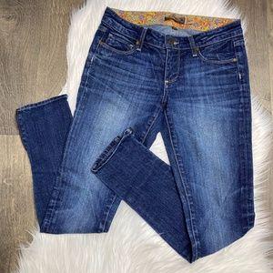 Paige Skyline Dark Wash Skinny Jeans Ankle Zipper